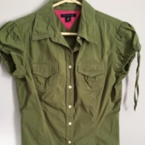 Tommy Hilfiger green button down top